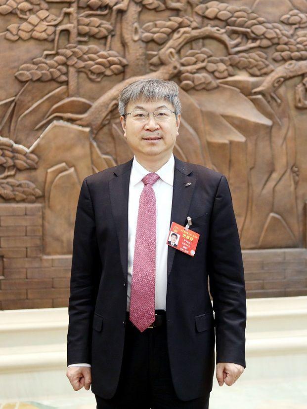 全国人大代表、奇瑞汽车董事长 尹同跃