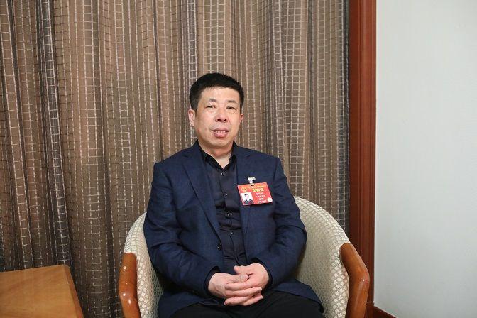 全国人大代表、合肥公交集团客服中心副主任、党支部副书记李祥斌